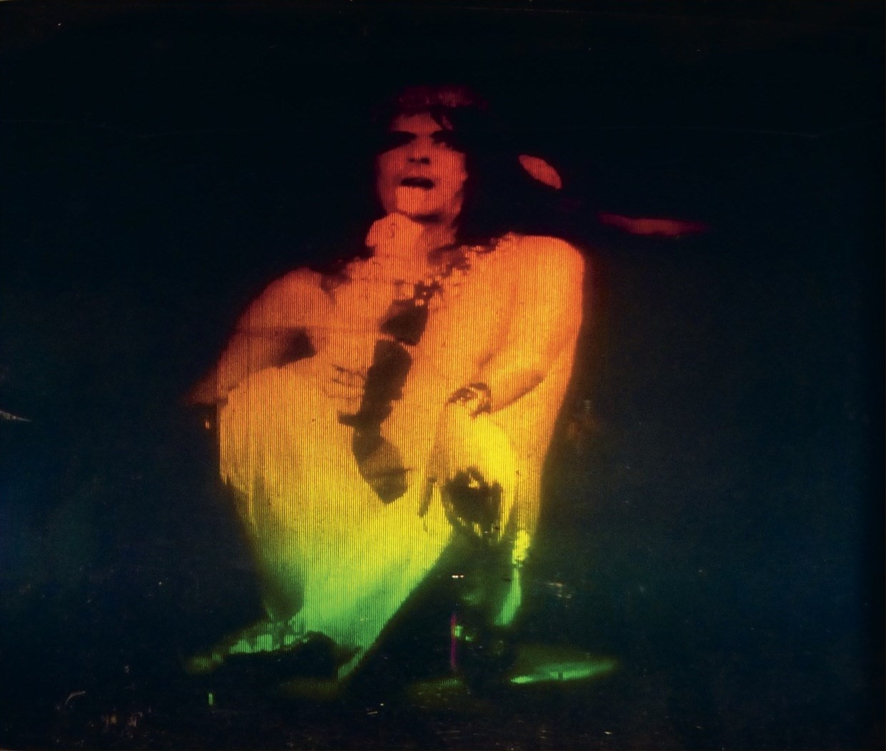 First Cylindric Chromo-Hologram Portrait of Alice Cooper's B