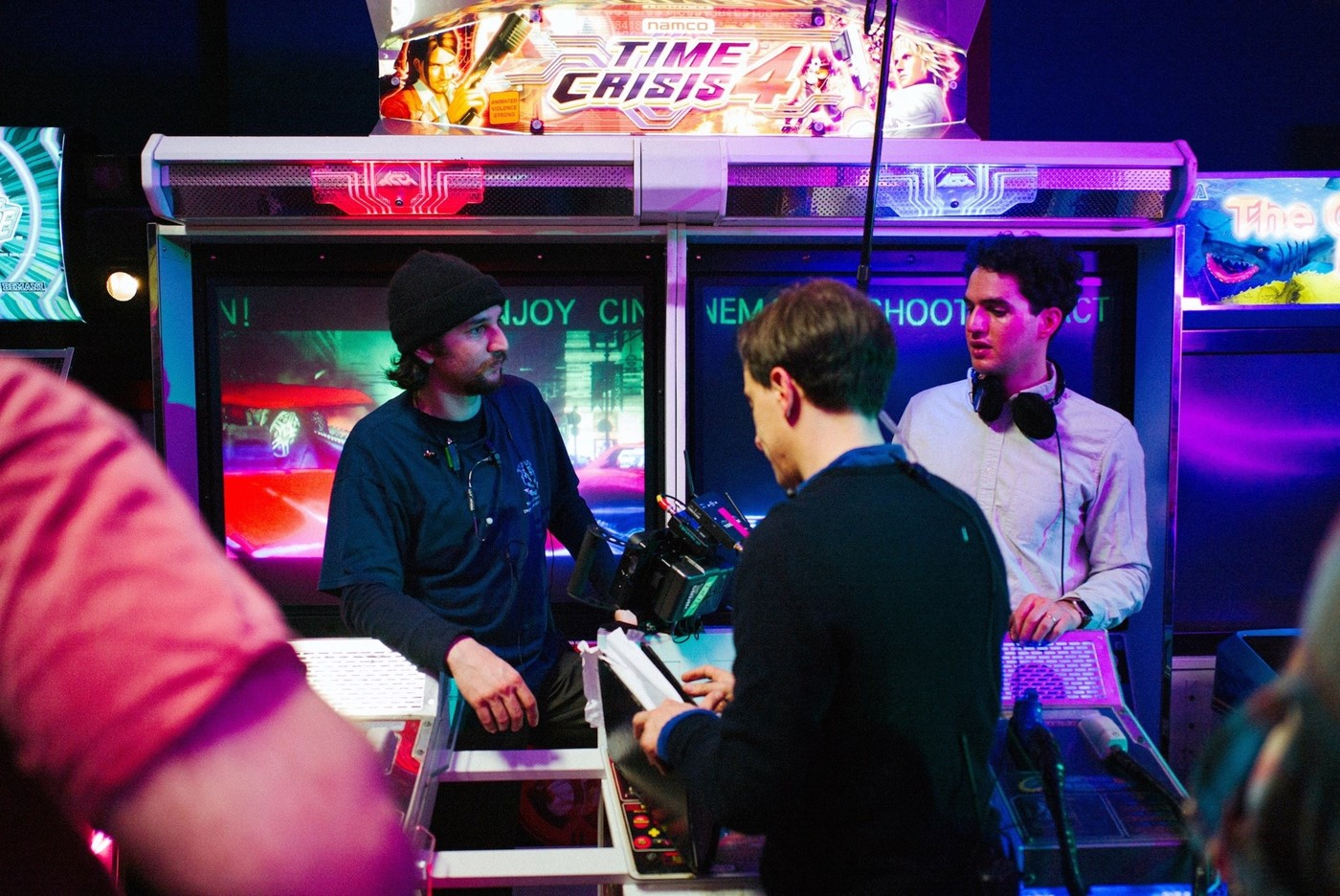 Josh and Ben Safdie on the set of Good Time