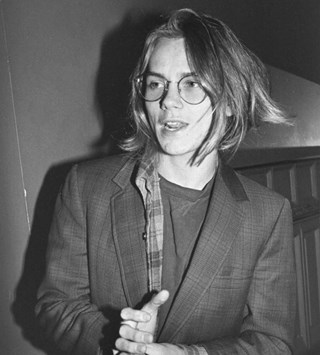 River Phoenix style fashion 90s grunge