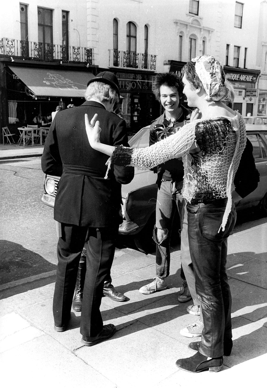 Sex Pistols with policeman ©Barry Plummer